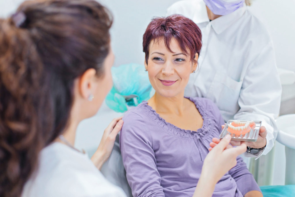 Dentures What To Expect | Leisure Dental